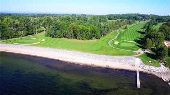 ‪Bluff Point Golf Resort‬