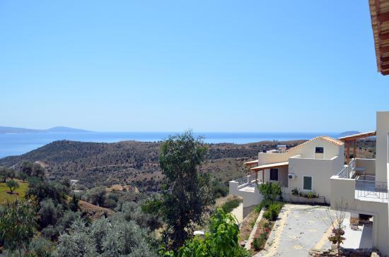 Harakas Studios & Apartments: panoramic view