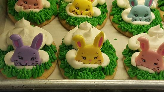 McFarlan Bakery: Yummy, glad we came by while Easter goodies are out, Everything is so pretty,  love this place!!