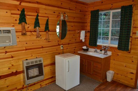 Galice Resort: Inside Cabin #3