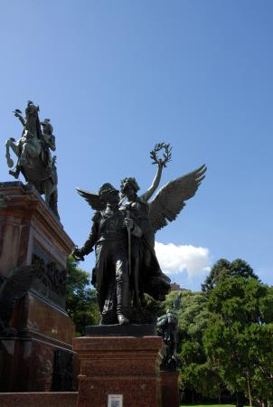 Buenos Aires Walking Tours : This monument to General José de San Martín is in the Plaza San Martín. It was created by Louis-