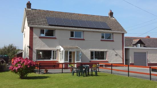 Pendine Sands Bed and Breakfast