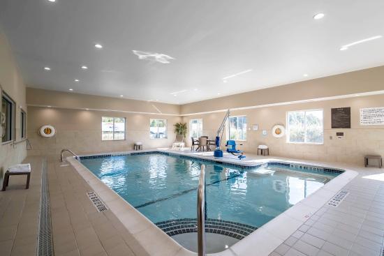 Comfort Inn Saugerties: Pool