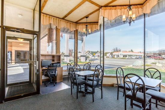 Econo Lodge Kalispell: Lobby