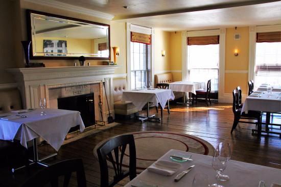 Manchester, VT: Chop House, exquisite and full of history.