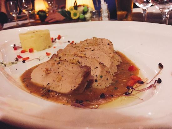 Comme Chez Soi: Garlic Pork Medallions