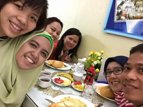Golden Time Hostel 3: Breakfast