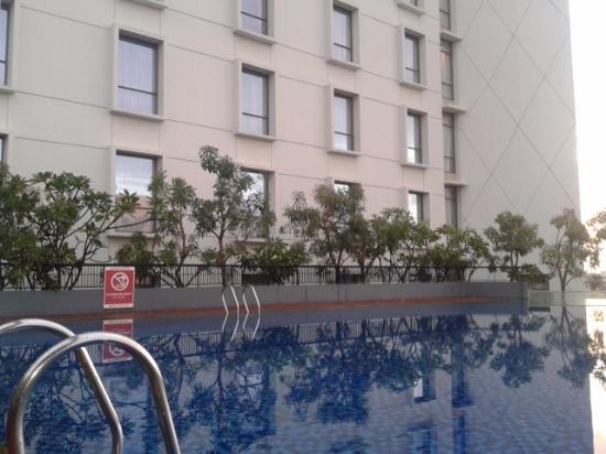 kolam renang lantai 8 picture of aston palembang hotel rh tripadvisor com