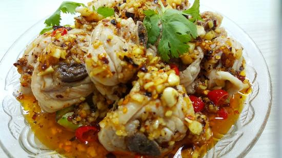 Qi Wei Chicken Pot