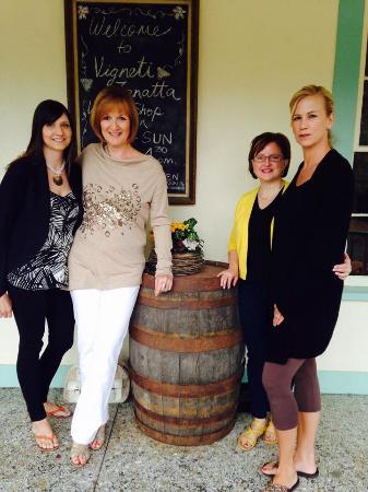 Vinoteca On The Vineyard : 4 longtime friends enjoying lunch on the porcha and a Zanatta wine tasting