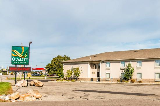 Quality Inn & Suites of Battle Creek: Exterior