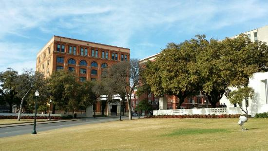 ‪The Sixth Floor Museum at Dealey Plaza‬