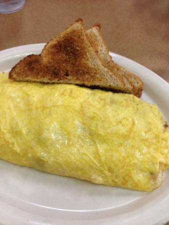 Fat Nat's Eggs : Omelet with wheat toast, ask for peanut butter