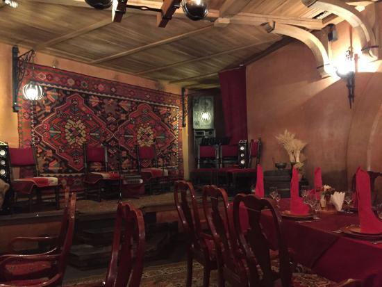 Ararat Restaurant: photo0.jpg