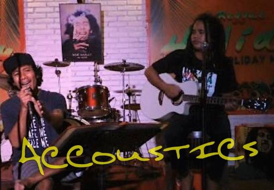 Pacha Bar and Restaurant: Accoustic Night