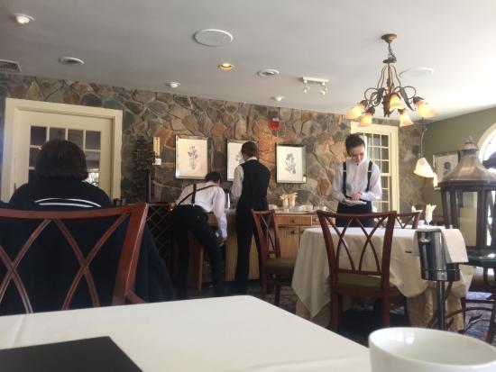 Bedford Village Inn: inside