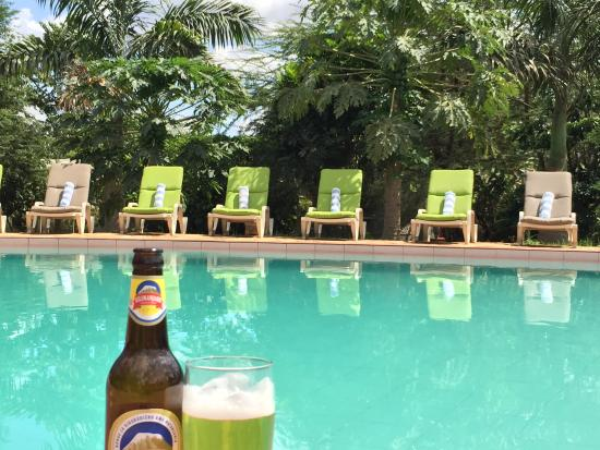 Planet Lodge: Enjoy a Kili by the pool