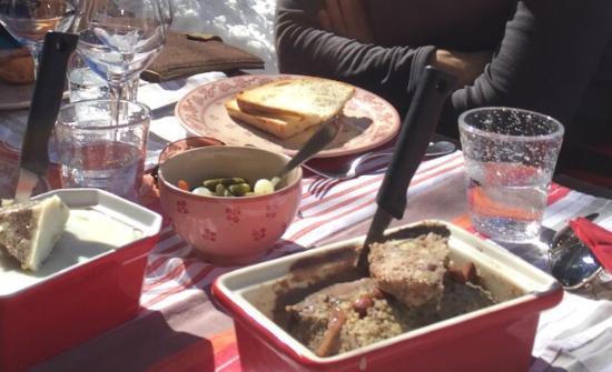 Nancroix, Frankrig: Terrine de faisan abricots et noisettes