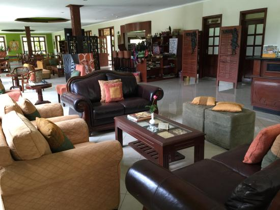 Arusha Planet Lodge: Lobby area
