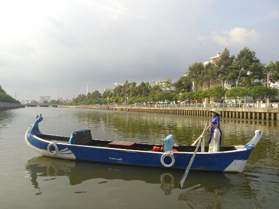 Thuyền Sài Gòn