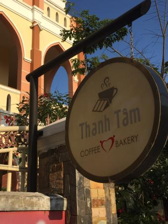 Thanh Tam coffee & bakery