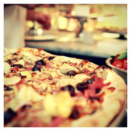 Slice Pizzeria: Slice Capricciosa Pizza