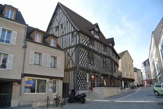 Tourist Office of Chartres