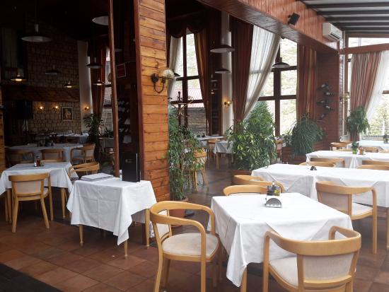 Sport Hotel Bistra Mavrovo: Hotel restaurant