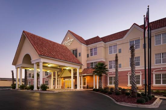 Photo of Country Inn & Suites Crestview
