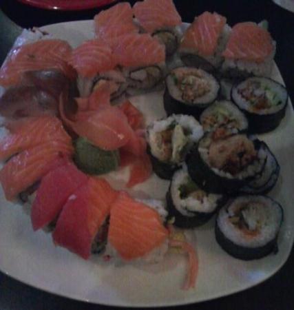 Walled Lake, MI: Sushi Rolls