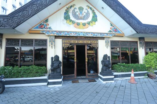Photo of Istana Batik Ratna Hotel Jogja Yogyakarta