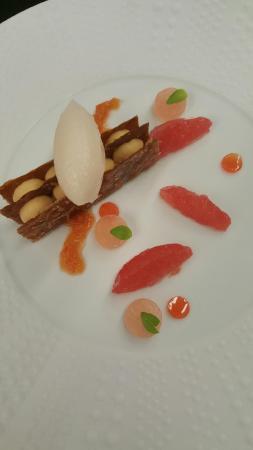 Monswiller, Francia: fins feuillets crémeux caramel, pomelos de floride en déclinaison
