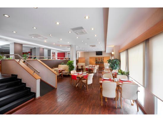Kordon Otel Alsancak: Kahvaltı Salonu
