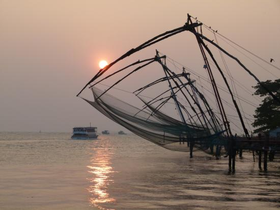 Bijus Tourist Home: Sunset on the Arabian see /Kochi