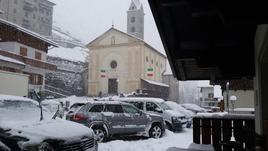 Hotel Miravalle: Piazza dell'hotel