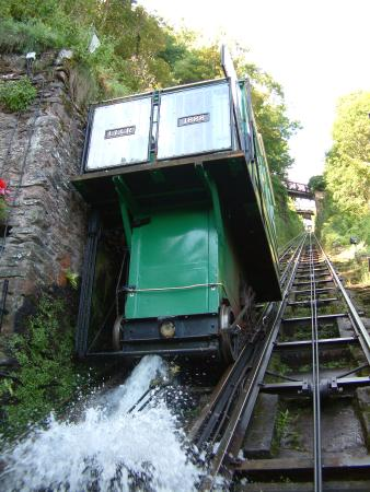 Lynmouth, UK: Bottom Station Car