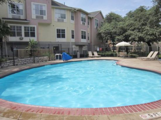 Extended stay america austin north central for Swimming pool preisvergleich