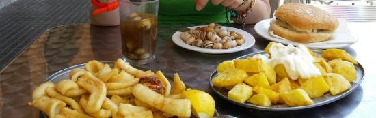 Restaurante bar lepanto en sant boi de llobregat con for Tapas faciles y buenas