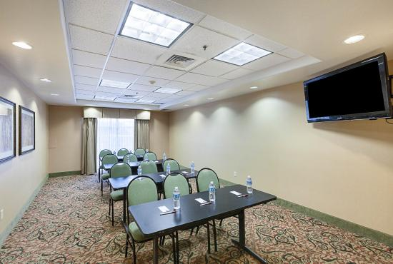 Comfort Suites Medical Center near Six Flags: Meeting room