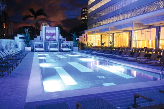 Hotel Riu Plaza Panamá: Pool