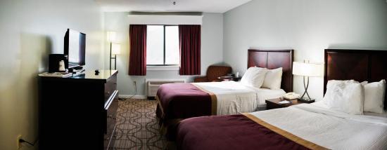 Baymont Inn & Suites Grand Haven: Double Queen