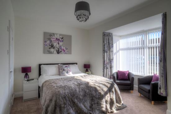 Dunelm House Bed & Breakfast