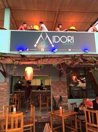 Midori Sushi & Pub