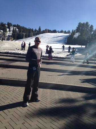 Snow Summit: Warm day at Summit