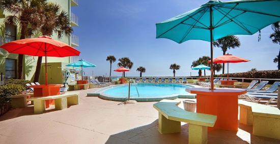 El Caribe Resort & Conference Center: South Pool Deck