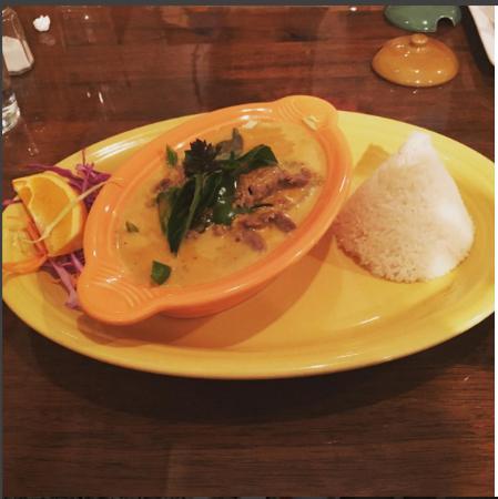 Suwannee Thai Cuisine: Penang Curry w/ beef