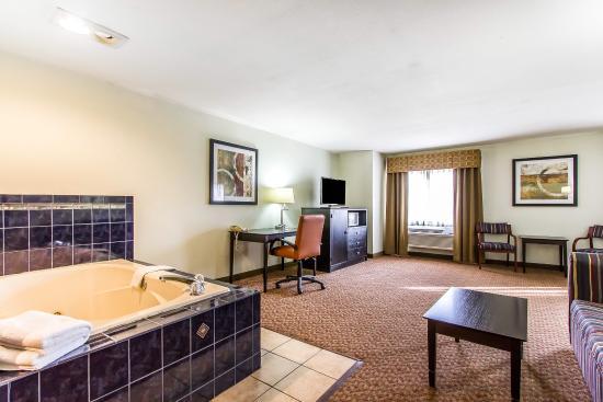 Pontiac, IL: Guest Room
