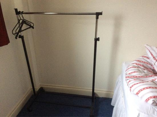 Miners Lodge Guest House: I left my review, here's some photos. -mould on the kettle-only plug behind the bed. - Limite