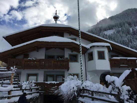 Ciasa Weber: Nevicata del sabato 04.03.16