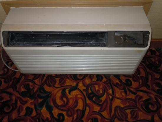 Country Inn & Suites By Carlson, Nashville : A/C unit